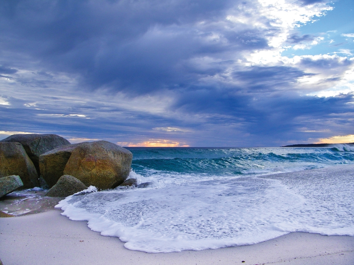 Bay of Fires East Coast Tasmania